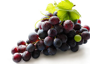 resveratrol fight aging stay young fight cancers lowers cholesterol
